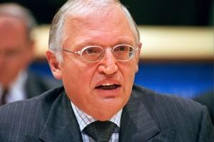 Gunter Verheugen obejmuje profesurę na Uniwersytecie Viadrina