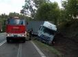 Ciężarówka wpadła do rowu na A2