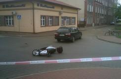 Wypadek na ul. Akademickiej. Poszkodowany kirerowca skutera
