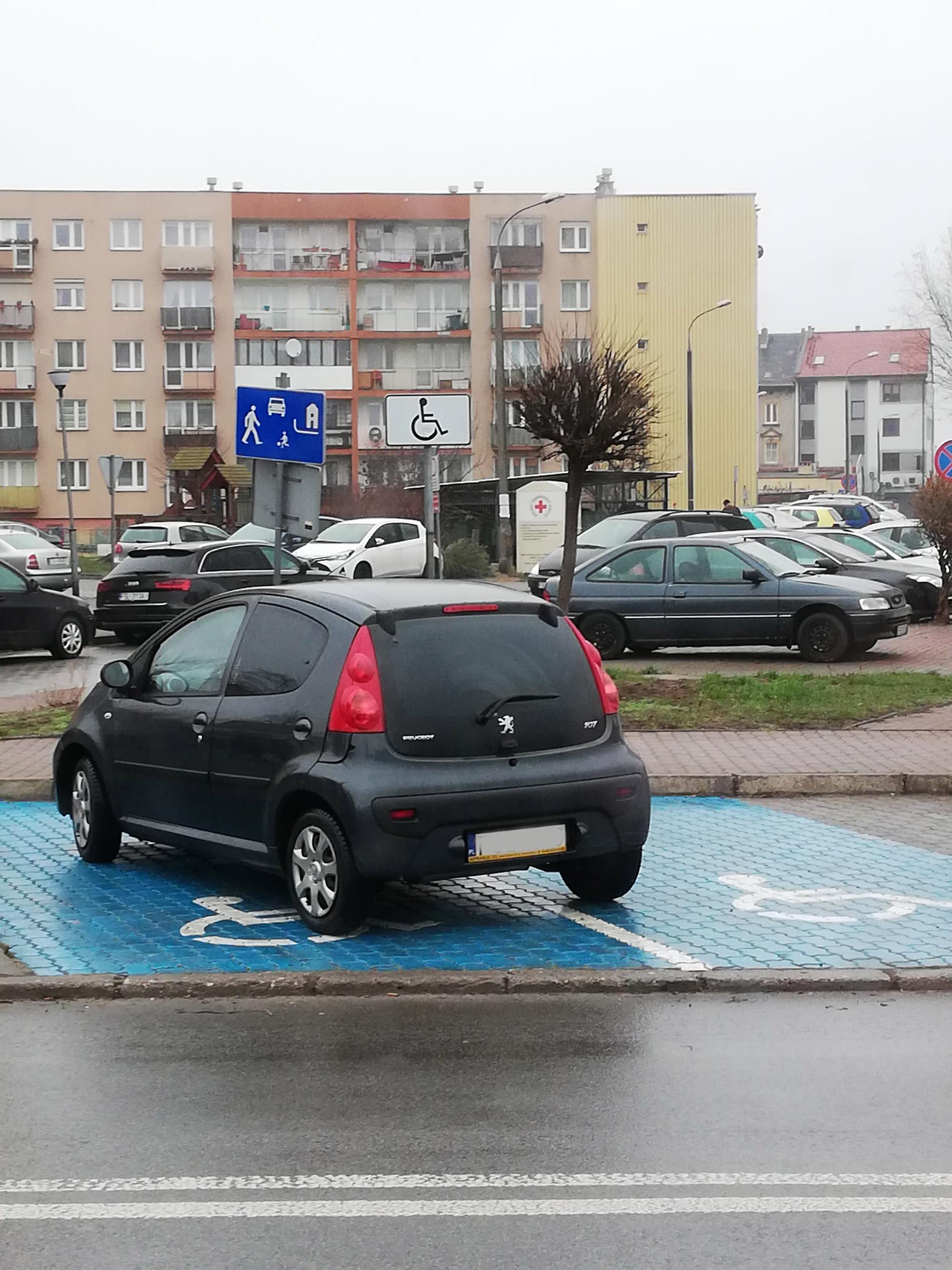 parkowanie_zle.jpg